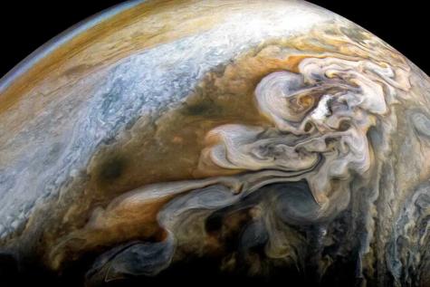 NASAs Juno Probe Shares Beautiful Photos of Jupiter