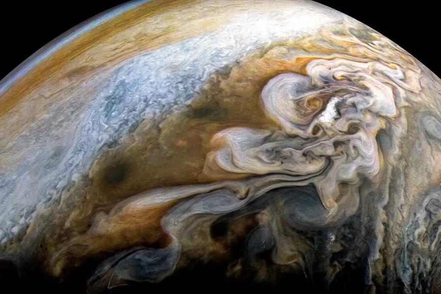 NASA's Juno Probe Shares Beautiful Photos of Jupiter